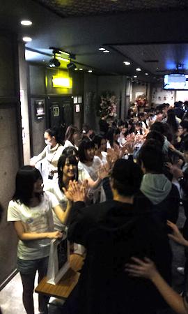 HKT劇場1周年記念公演 39名全員でお見送り