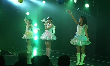 HKT劇場1周年記念公演 多田、植木、山田麻莉奈による「天使のしっぽ」