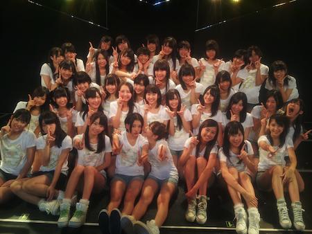 HKT劇場1周年記念公演 記念写真