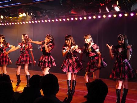 HKT48チームHの出張公演 in AKB劇場3