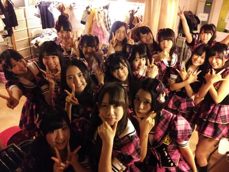 HKT48チームHの出張公演 in AKB劇場16