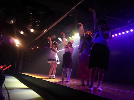 HKT48チームHの出張公演 in AKB劇場6